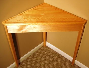 Maple Corner Table with Cherry Inlay